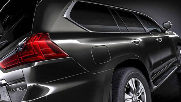 Lexus LX 450d (5)