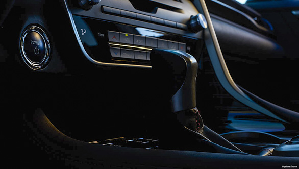 Lexus RX 450h (8)