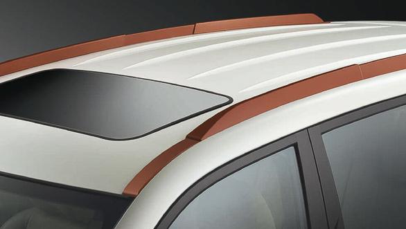 Mahindra XUV500 Sportz  (4)
