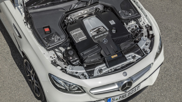 Mercedes-AMG E 63 S 4MATIC+ T-Modell, diamantweiß, Motor ;Kraftstoffverbrauch kombiniert: 9,1  l/100 km, CO2-Emissionen kombiniert: 206 g/km Mercedes-AMG E 63 S 4MATIC+ Estate, diamond white, engine; Fuel consumption combined:  9.1  l/100 km; combined CO2 emissions: 206 g/km