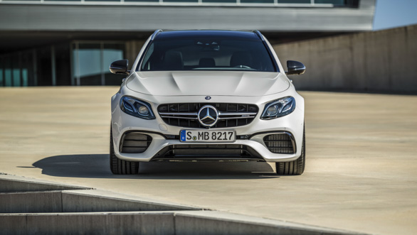 Mercedes-AMG E 63 S 4MATIC+ T-Modell, diamantwei ;Kraftstoffverbrauch kombiniert: 9,1  l/100 km, CO2-Emissionen kombiniert: 206 g/km Mercedes-AMG E 63 S 4MATIC+ Estate, diamond white; Fuel consumption combined:  9.1  l/100 km; combined CO2 emissions: 206 g/km