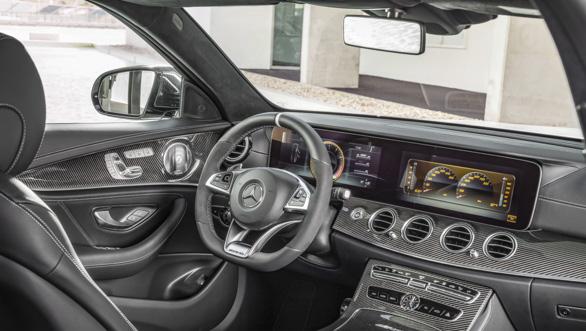 Mercedes-AMG E 63 S 4MATIC+ T-Modell, diamantweiß, Innenausstattung: Schwarzes Nappaleder mit grauen Ziernähten ;Kraftstoffverbrauch kombiniert: 9,1  l/100 km, CO2-Emissionen kombiniert: 206 g/km Mercedes-AMG E 63 S 4MATIC+ Estate, diamond white,  Interior: Nappa leather black; Fuel consumption combined:  9.1  l/100 km; combined CO2 emissions: 206 g/km