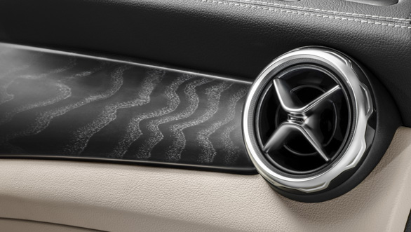 2017 Mercedes-Benz GLA:  The AC vent design has been revised
