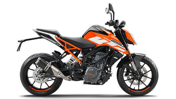 2017 KTM 250 Duke side shot