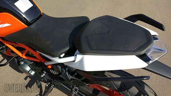 The pillion seat on the 2017 KTM 390 Duke appears a bit longer and is softer in feel. Not that the 390 is now a happy two-up motorcycle but it should certainly be more comfy than the outgoing bike