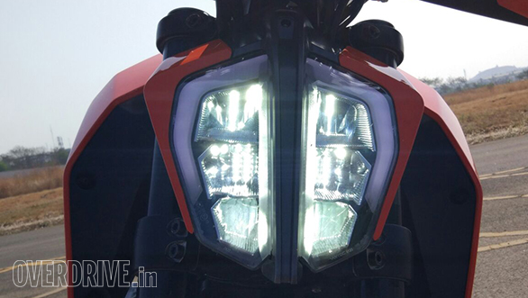 2017 KTM 390 Duke and 125 Duke recalled in Europe to fix faulty LED headlamp