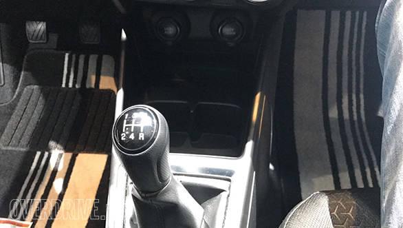 2018 Maruti Suzuki Swift SHVS (6)