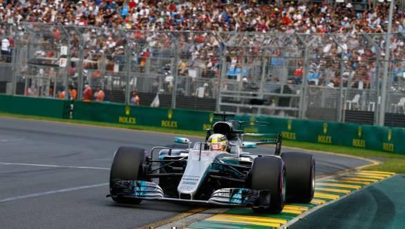 F1 2017: Lewis Hamilton claims pole at season-opening Australian GP