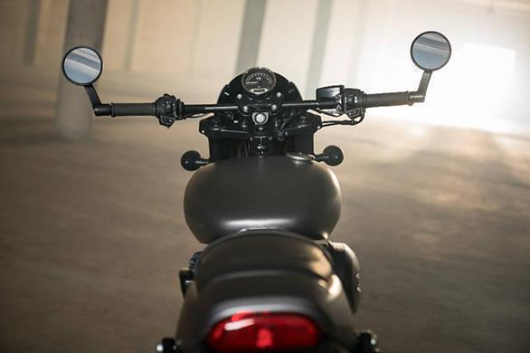 Harley Davidson Streetrod 17 (1)