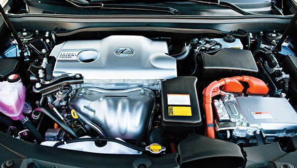 Lexus ES 300h (3)