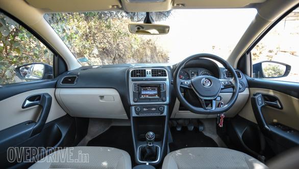 Maruti Suzuki Ignis vs Hyundai Grand i10 vs VW Ameo vs Mahindra KUV Comparo (11)