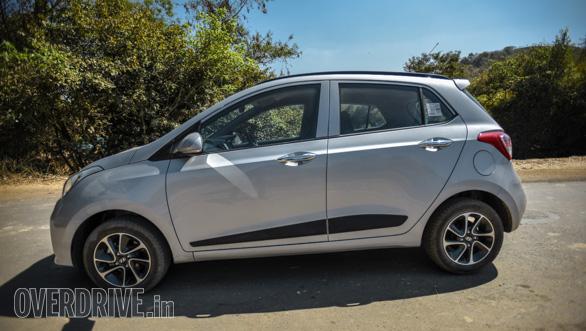 Maruti Suzuki Ignis vs Hyundai Grand i10 vs VW Ameo vs Mahindra KUV Comparo (169)