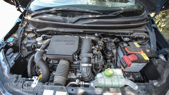 Maruti Suzuki Ignis vs Hyundai Grand i10 vs VW Ameo vs Mahindra KUV Comparo (61)
