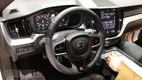 New_Volvo_XC60(4)