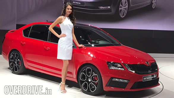2017 Geneva Motor Show: Skoda Octavia RS 245 revealed