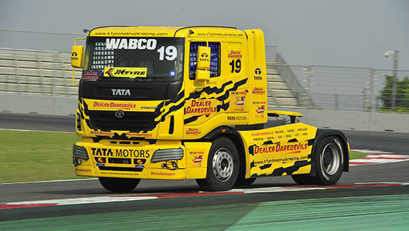 2017 Tata T1 Prima Truck Racing: David Vrsecky grabs pole in Pro class