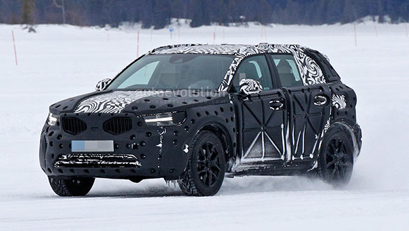 Spied: Volvo XC40 spotted testing, reveals design details