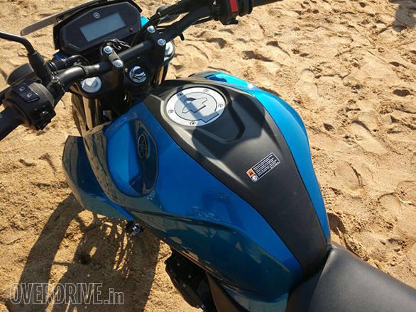Yamaha FZ25 (13)