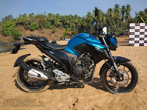 Yamaha FZ25 (4)