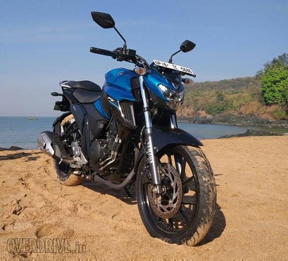 Yamaha FZ25 (7)