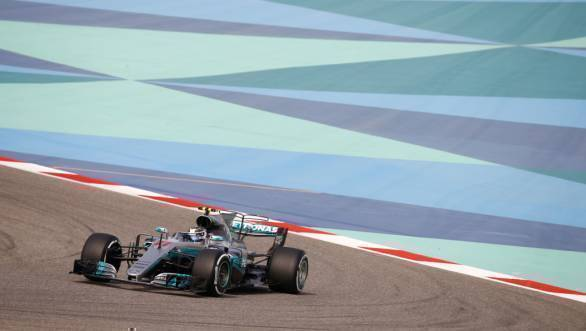 F1 2017: Valtteri Bottas on pole for Bahrain GP