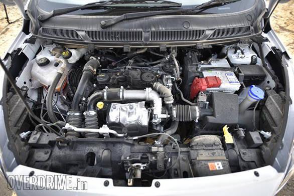 2017 Ford Figo (23)