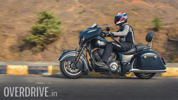 2017 Indian Chieftain Dark Horse Action