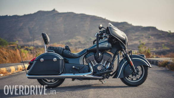 2017 Indian Chieftain Dark Horse Side Static