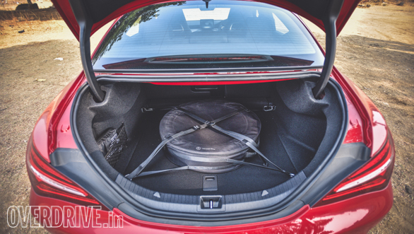 Audi A3 Petrol vs Mercedes CLA 200 (68)