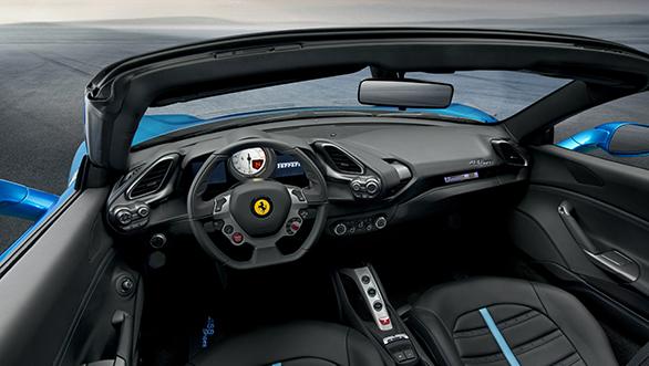 Ferrari 488 Spider (1)