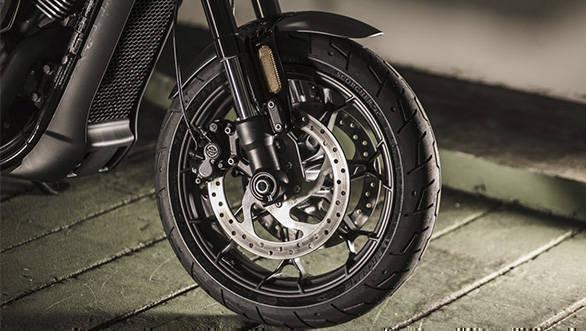 Harley Davidson Street Rod images (1)