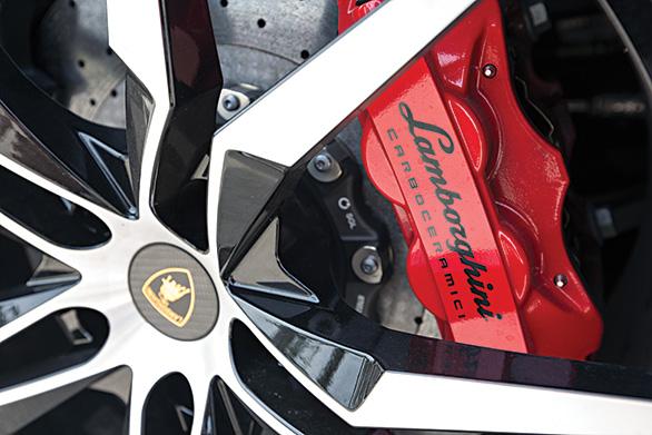Lamborghini Aventador S (6)