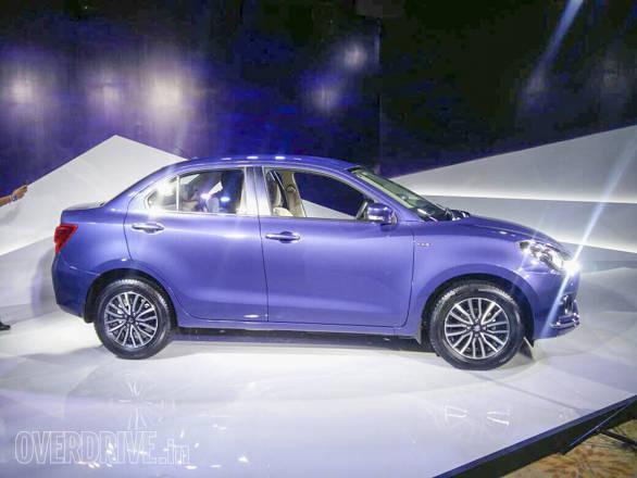 Maruti Suzuki Dzire 2017 (6)