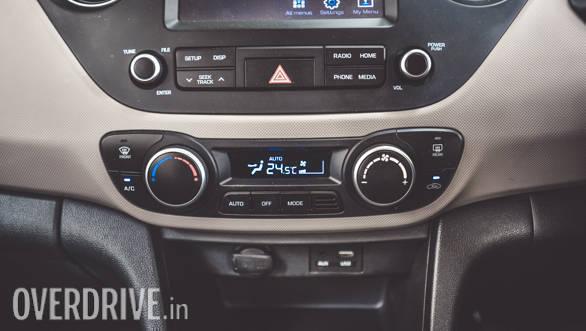 2017 Hyundai Grand i10 Petrol (14)