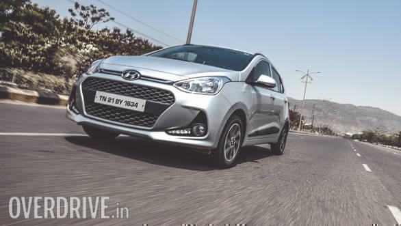 2017 Hyundai Grand i10 Petrol (45)
