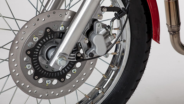 The 2017 Jawa 350 OHC comes with ABS brakes as standard