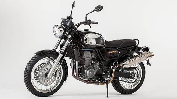The 2017 Jawa 660 Vintage too pays a tribute to the Type 634 but features a Scrambler design theme
