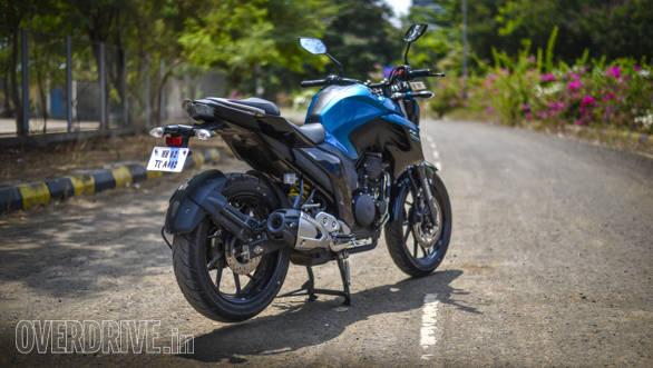 2017 Yamaha FZ25 (3)
