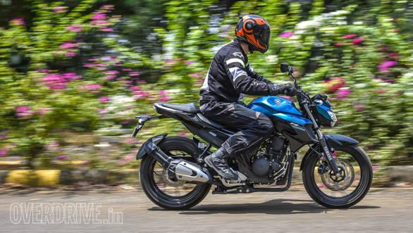 2017 Yamaha FZ25 (59)
