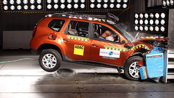 2017 Renault Duster with driver airbags