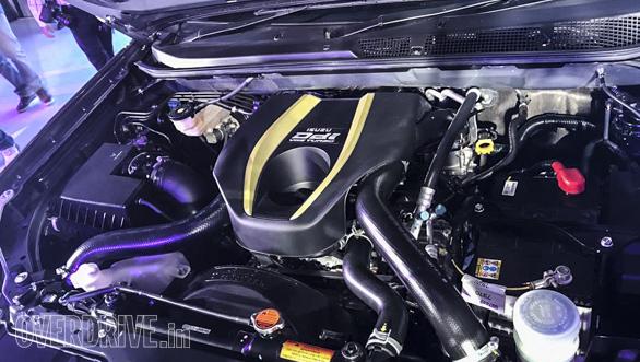 Isuzu MUX 2017 Details (6)