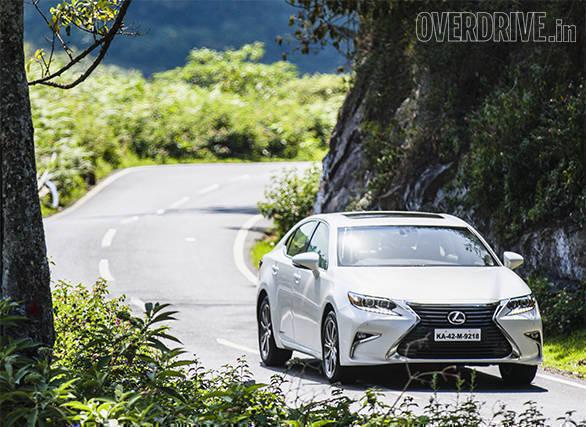 Lexus ES 300h (9)