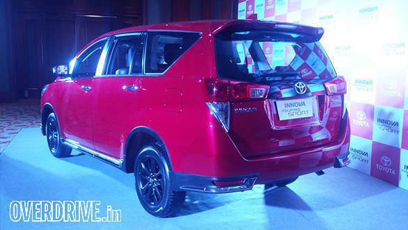 Toyota Innova Crysta Touring Sport (1)