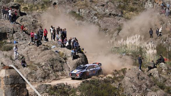 2017 FIA World Rally Championship Round 05, Rally Argentina 27-30 April 2017 Thierry Neuville, Nicolas Gilsoul, Hyundai i20 Coupe WRC Photographer: Austral Worldwide copyright: Hyundai Motorsport GmbH