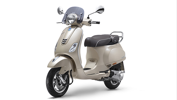 Vespa Elegante 150cc launched in India at Rs 95,077