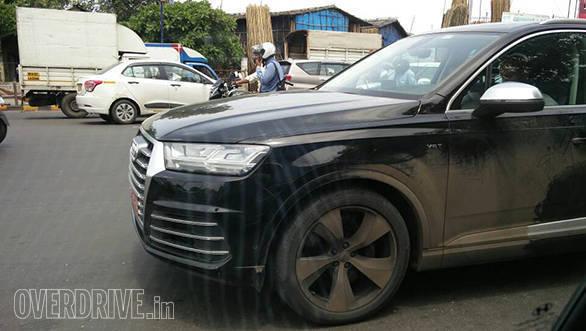 2017 Audi SQ7 (2)