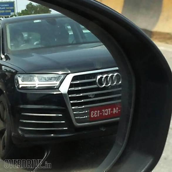 2017 Audi SQ7 (3)