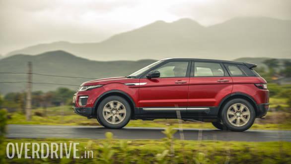 2017 range rover evoque road test review overdrive. Black Bedroom Furniture Sets. Home Design Ideas