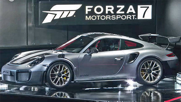 2018 Porsche 911 GT2 RS debuts with Forza Motorsport 7