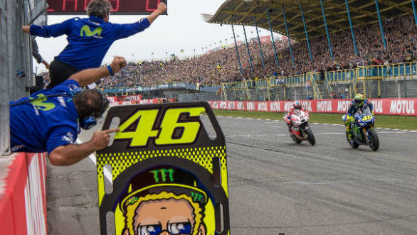 Moto GP 2017: Rossi wins Dutch thriller